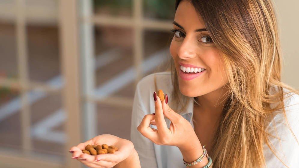 Alimentos que aumentan la serotonina, la hormona da la felicidad